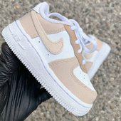 👶🏼BABY CUSTOM🔥AF1 BABY BROWN FOR COOL KIDS 🟤 ___________________ . . Retrouvez toutes nos prestations sur notre site (Lien dans la bio) 👟 . #nike #airforce #custom #customshoes #sneakers #pastel #thecustommovement #snkrs #sneakeraddict #sneakerhead #baby #babyboy #babygirl #unisex #fashion #babyfashion #babyfashioninsta #brown #colorway #coolkids #babygift #babyshower